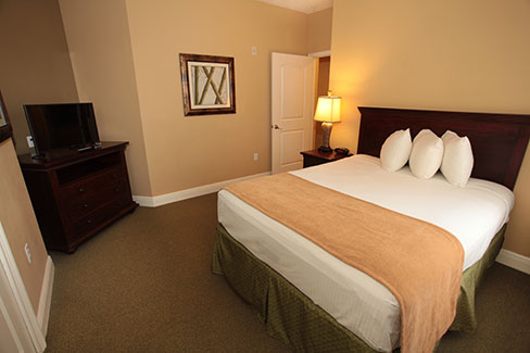 guest suite bedroom, The Berkley, Orlando