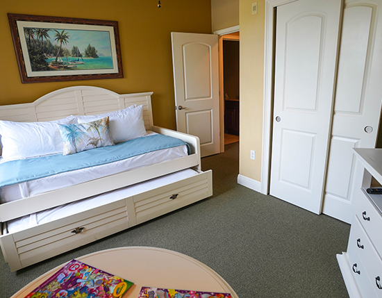 guest suite bedroom with a twin trundle bed, The Berkley, Orlando