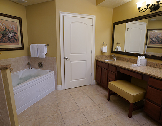 guest suite bathroom with separate shower and tub, The Berkley, Orlando