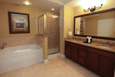 guest suite master bathroom with jetted tub and walk in shower, The Berkley, Orlando