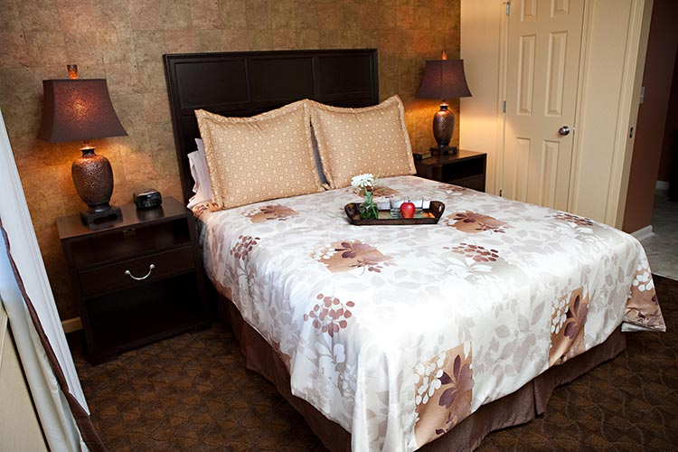guest suite bedroom, The Colonies at Williamsburg