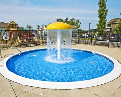 Outdoor children's pool area, Vacation Village in the Berkshires