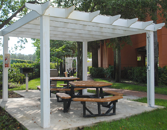 outdoor barbeque grills and picnic area, Vacation Village at Bonaventure