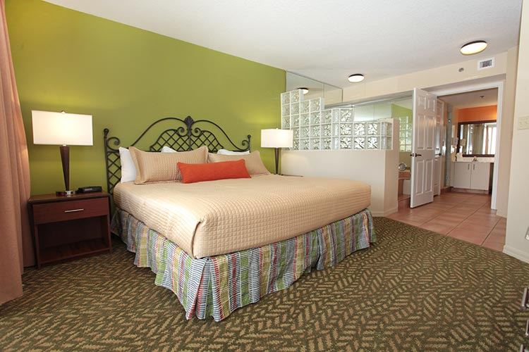 A Suite guest bedroom with jetted tub, Vacation Village at Bonaventure