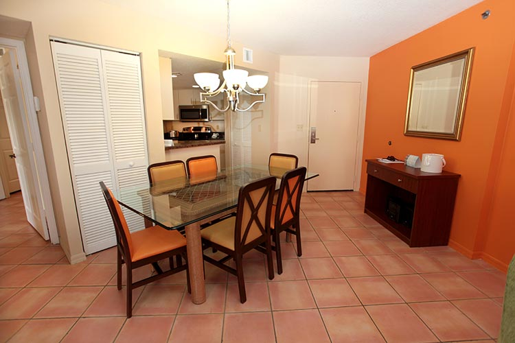 A Suite guest dining room area, Vacation Village at Bonaventure