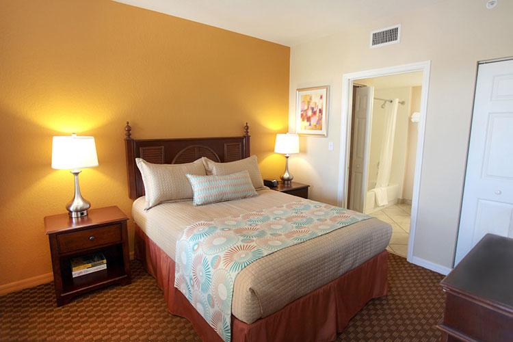 B Suite guest bedroom, Vacation Village at Weston