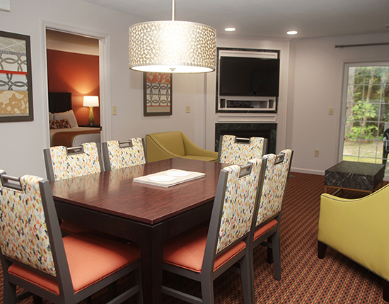 guest suite dining room with open door to bedroom, Vacation Village at Williamsburg