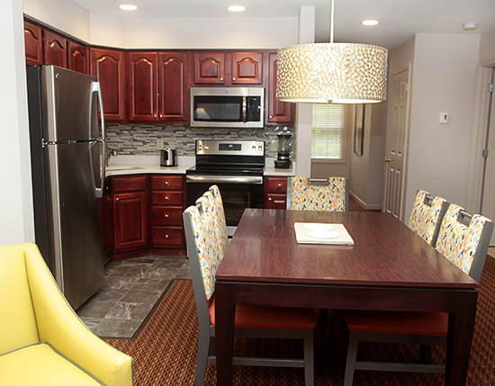 guest suite dining room with kitchen, Vacation Village at Williamsburg