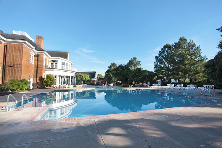 side view of clubhouse and pool area, Williamsburg Plantation